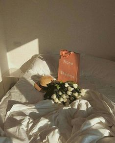 Blog 이미지 뷰어 Lolita, Gift Wrapping, Invitations, In This Moment, Texture, Cool Stuff, Crafts, Painting, Sun Kissed