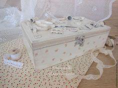 """Caixas artesanais.  Caixão para o bordado """"rosas baunilha"""" decoupage.  Tatiana Olkhovikova.  Mestres justos."""