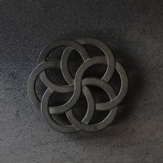 https://analoguelife.com/en/products/es-cast-iron-trivet