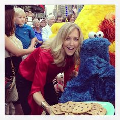 It's finally time for Cookie Monster to have his special cookies!! He's been so patient all morning on @goodmorningamerica
