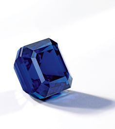Kashimir sapphire and diamond ring
