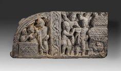 Bas-relief en schiste comportant deux scènes séparées par un pilier orné de motifs végétaux. A gauche, «l'hymne du Naga Kalika et de sa femme». Bouddha réalise qu'il n'atteindra pas son but, l'illumination en pratiquant des austérités. Il décide d'adopter, comme ligne de conduite, plus traditionnelle, la contemplation. A droite du pilier, « La soumission des Kasyapas ». Bouddha présente le serpent maléfique dans un bol, qu'il tient dans sa main gauche, à un Kasyapa. L : 18 x 37 cm