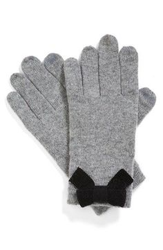 Cute kate spade bow gloves http://rstyle.me/n/skw2rnyg6
