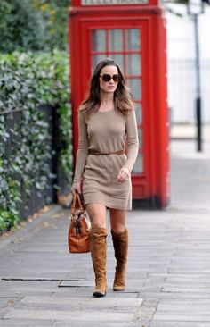 love pippa middleton's long sleeve dress.