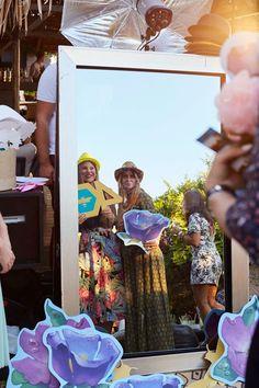 Ενοικίαση Mirror Photo booth | Εταιρικες εκδηλώσεις | Γάμος | Βάπτιση Sequin Skirt, Sequins, Skirts, Fashion, Moda, Fashion Styles, Skirt, Fashion Illustrations