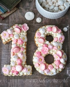 Number Cakes are perfect for celebrating milestones, birthdays and anniversaries. Below are some beautiful number cake designs. Number Birthday Cakes, Cute Birthday Cakes, Beautiful Birthday Cakes, 18th Birthday Party, Number Cakes, Gateau Baby Shower, Alphabet Cake, Cake Lettering, 18th Cake