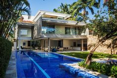 Tropical Beach Home + Contemporary + Lap Pool + Landscape Modern Exterior, Exterior Design, Modern Villa Design, House Front Design, Pool Houses, Architecture, Future House, Luxury Homes, Swimming Pools