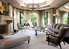 A touch of Luxe: Celeb home - The home of Kris and Bruce Jenner...
