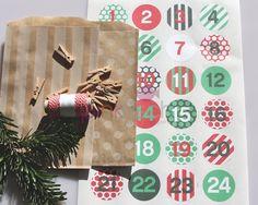 Christmas time has come - a calendar idea for diy - material found on www.pinkfisch.com