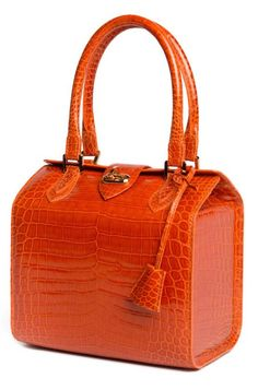 For generations, the Maison Morabito in Paris has produced some of the finest and most expensive handbags in the world. This is a brand that has remained a secret, but for any discerning lady who… Read Stylish Handbags, Handbags On Sale, Luxury Handbags, Fashion Handbags, Fashion Bags, Big Handbags, Designer Handbags, Most Expensive Handbags, Orange Handbag