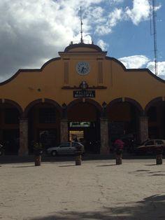 Palacio Municipal San Juan Teotihucan, Estado de México.