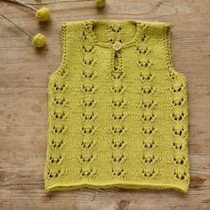 Strik til baby Archives - susanne-gustafsson. Drops Design, Drops Cotton Light, Crochet Baby, Knit Crochet, Drops Paris, Baby Vest, Chrochet, Baby Knitting Patterns, Pullover