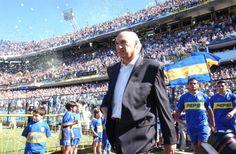 Carlos Bianchi.. Períodos como entrenador: 1998-2001 ... 2003-2004 ... 2013-2014 ...  Títulos a nivel nacional:       Apertura 1998     Clausura 1999     Apertura 2000     Apertura 2003