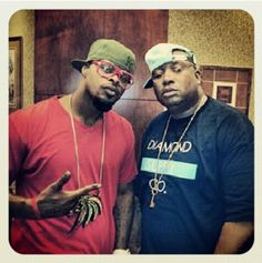 """The flick says it all.    Strange Music's Kutt Calhoun was spotted with the legendary E-40 after a recent live performance. Ever since their collaboration on """"You Don't Wanna Funk"""" from Raw And Un-Kutt, fans have asked for more from the Kansas City Chief and the Bay Area Ambassador.    Maybe it's time for Forty Water to visit Strangeland once more."""