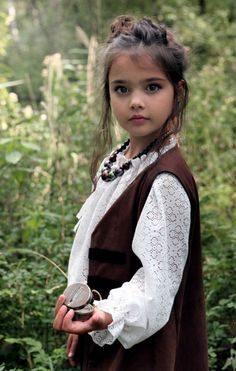 Beautiful Children 4605052131871 – Babies & Children & Garden Tips Pretty Kids, Beautiful Little Girls, Cute Little Girls, Beautiful Children, Beautiful Babies, Cute Kids, Beautiful People, Baby Kind, Cute Baby Girl