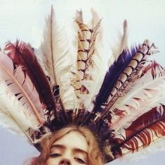 My feather crown - TatiTati Boho Style Feather Crown, Feather Headdress, Feather Headband, Feather Art, Boho Chic, Bohemian Style, Glam Style, Feminine Style, Hippie Style