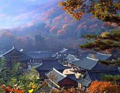 Official Site of Korea Tourism Org. Beautiful World, Beautiful Places, Korea Tourism, Asian House, Sea Of Japan, South Korea Travel, Jeju Island, Buddhist Temple, Architecture Old