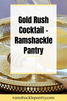 The Gold Rush Cocktail is smooth, tasty, and a wonderful Bourbon cocktail. This tasty drink combines bourbon, honey, and lemon to make an explosion of flavor in your mouth. #honey #cocktail