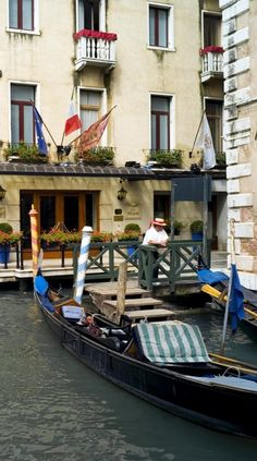 The hotel has its own dock, so you can arrive by gondola or motorboat.