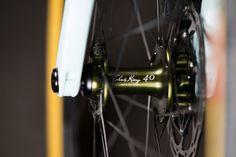 2016 NAHBS: Cielo Base Racer with Olive Drab Chris King 40th Components | The Radavist