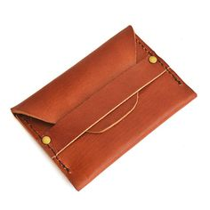 The Solid Leather Co. Flap Wallet is constructed of full grain vegetable tanned leather and thick, industrial marine grade thread, to keep your cash or cards safe and quickly accessible. Details:  Can fit 6-8 cards or cash Approximately 4 x 2.6 Tuck flap is secured with heavy duty solid brass rivets. Made with full grain vegetable tanned leather Available in dark brown and tobacco  -----------------------------------------------------------------------------------------------------  >>&...