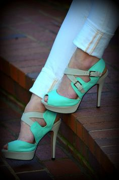 ~~Mint Green Pumps~~ Great for a summer or spring outfit