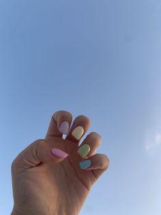 Elegant Rhinestones Coffin Nails Designs - New Ideas Nails Yellow, Purple Acrylic Nails, Purple Nails, Green Nails, Gold Nails, Pink Purple, Pink Nail Designs, Winter Nail Designs, French Nails