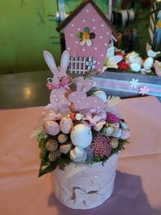 Easter 2018, Easter Cake, Easter Ideas, Centerpieces, Projects To Try, Jar, Happy, Beautiful, Home Decor