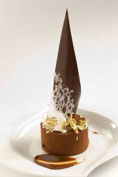 Chocolate mousse with salted caramel #plating #presentation #dessert