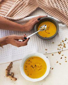 Zupa krem z dyni z miodem - Anna Lewandowska - healthy plan by Ann Cheeseburger Chowder, Anna, Soup, Recipes, Soups, Recipies, Ripped Recipes, Recipe, Cooking Recipes