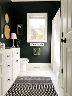 Bathroom Makeover with Black Painted Walls - At Home With The Barkers - Schwarze wände Black Bathroom Decor, Black White Bathrooms, Bathroom Interior, Small Bathroom, Paint For Bathroom Walls, Bathroom Wall Ideas, Painted Bathrooms, Pictures For Bathroom Walls, Bathroom Organization