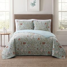 Luxury Bedding On A Budget Blue Comforter Sets, Twin Xl Comforter, Bedding Sets, King Quilt Sets, Queen Quilt, Embroidered Quilts, Rustic Bedding, Blue Quilts, Unique Home Decor