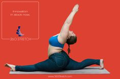 Plus Size Yoga Instructor Dana Falsetti doing splits with arms in air to demonstrate the flexibility of 360 Stretch dark rinse mid rise skinny jeans or jeggings.