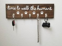 Fantastic Absolutely Free Dog Leash chain Ideas There exists a assortment of doggy leashes to pick from with dogIDs, nonetheless how can you tell the kind of . Entryway Organization, Entryway Decor, Dog Organization, Gifts For Dog Owners, Dog Lover Gifts, Key Hooks, Wall Hooks, Dog Leash Holder, Dog Rooms