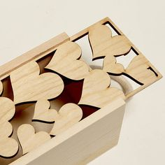 Lasercut Love Heart Bottle Box << laser wood box