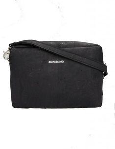 Skinissimo clutch, vegán táska, akiknek fontos a környezetvédelem, és természet megóvás Clutch, Bags, Fashion, Handbags, Moda, Fashion Styles, Taschen, Fasion, Purse