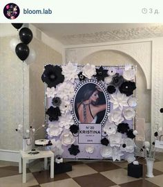 Loving this idea, just needs a lil styling makeover. Chanel Birthday Party, Chanel Party, Adult Birthday Party, 40th Birthday Parties, Festa Party, Diy Party, Party Ideas, Paris Party, Thinking Day