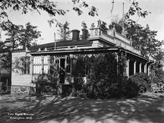 Restaurant Kaisaniemi. Photo: Brander Signe HKM. 1908 Map Pictures, Helsinki, Real People, Time Travel, Finland, The Past, Maps, Vintage, Historia