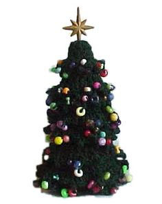Decorated Christmas Tree - A free Crochet pattern from jpfun.com.