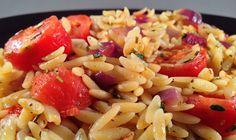 Heerlijke Kruidige turkse pasta, ideaal als bijgerecht of pittig voorgerecht. Past perfect bij andere Arabische gerechten.