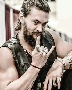 A man, a King! #JasonMomoa