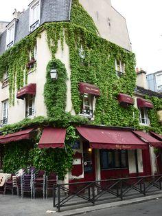 Chez Marianne restaurant, Le Marais, Paris I KNOW THE OWNERS OF THIS RESTAURANT!!!!!