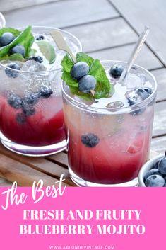 This delicious fresh blueberry mojito recipe is to die for! This delicious fresh blueberry mojito recipe is to die for! Vodka Mojito, Mojito Drink, Mojito Cocktail, Detox Drinks, Margarita, Fruit Mojito Recipe, Recipes With Fruit Cocktail, Drink Recipes, Juice Recipes