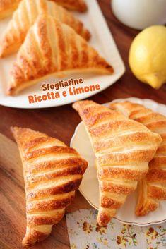 SFOGLIATINE RICOTTA E LIMONE | Fatto in casa da Benedetta Rossi Biscotti, Waffles, French Toast, Breakfast, Ethnic Recipes, Dolce, Latte, Desserts, Babies