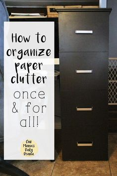 How to organize paper clutter once and for all with a simple file system Papers can be the easiest and most difficult clutter to sort through. Learn now to organize paper clutter once and for all with my simple file cabinet system. Home File Organization, Filing Cabinet Organization, Office Organization At Work, Organizing Paperwork, Clutter Organization, Organizing Tips, Organizing Paper Clutter, Filing Cabinets, Organising