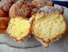 Desserts Recipes Quarkballs, a good recipe in the category Fast and easy. Dutch Recipes, Sweet Recipes, Baking Recipes, Cake Recipes, Dessert Recipes, German Recipes, Dessert Food, Healthy Dinner Recipes, German Baking