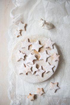 Winter Star Biscuits   Orange & Cinnamon   Borrowed-Light.com