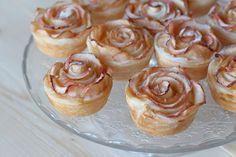 Leckere Apfel-Rosen Muffins mit Blätterteig und Marmelade Cravings, Sandwiches, Roast, Cheesecake, Food Porn, Cooking Recipes, Pudding, Homemade, Baking