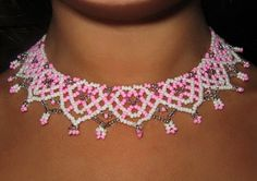 Free pattern for beaded necklace Marshmallow   U need: seed beads 11/0