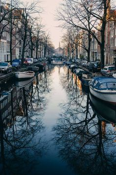 Les canaux d'Amsterdam.
